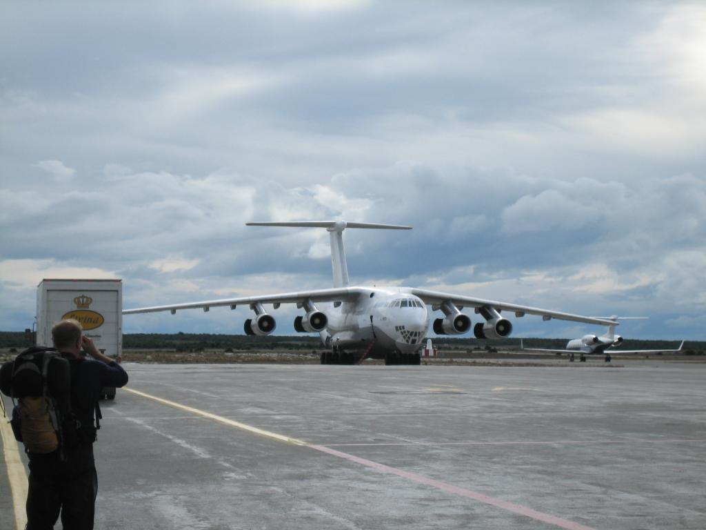 Aeronave apreendida na Tailândia com carregamento de armas procedente da Coréia do Norte era de empresa Georgiana